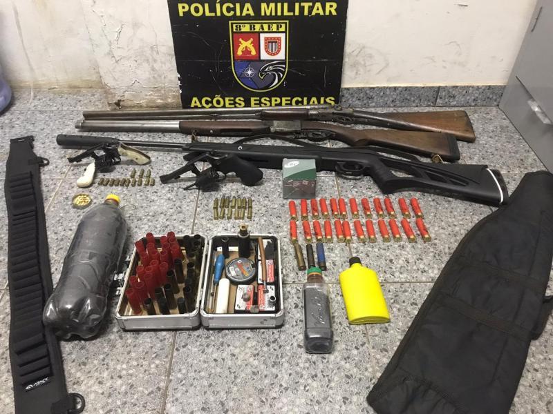 Polícia Militar: Materiais foram localizados em propriedades das zonas rural e urbana