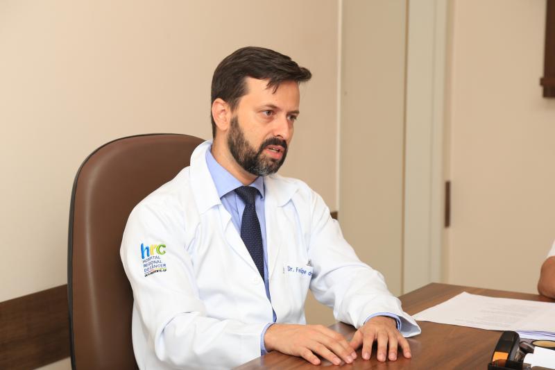 Daniel Teixeira - Felipe, diretor-clínico, explica a complexidade das cirurgias