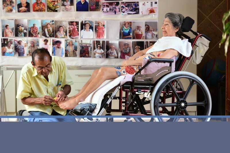 Paulo Miguel - Roberto cuida com dedicação da esposa Elisete
