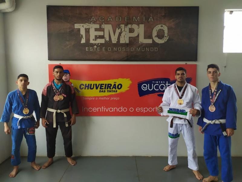 Cedida - Os 4 atletas da Templo que conseguiram medalhas em Penápolis