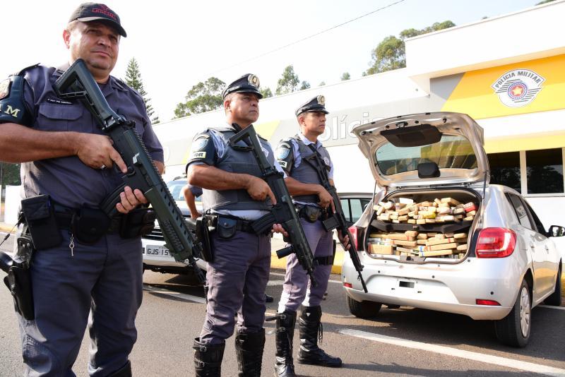 Paulo Miguel - No total, polícia contabilizou 508 tabletes da droga