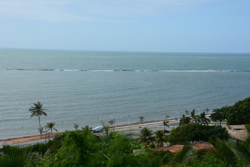 Sinomar Calmona - Centro histórico fica na parte mais alta da costa de Porto Seguro, de onde se vê os arrecifes que deram origem ao nome da cidade