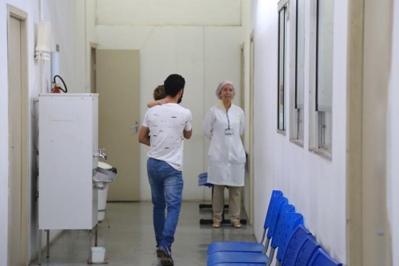 """Pedro Silva - Em Prudente, corredores vazios nos postos marcaram o """"Dia D"""" de vacinação contra o sarampo pela manhã"""