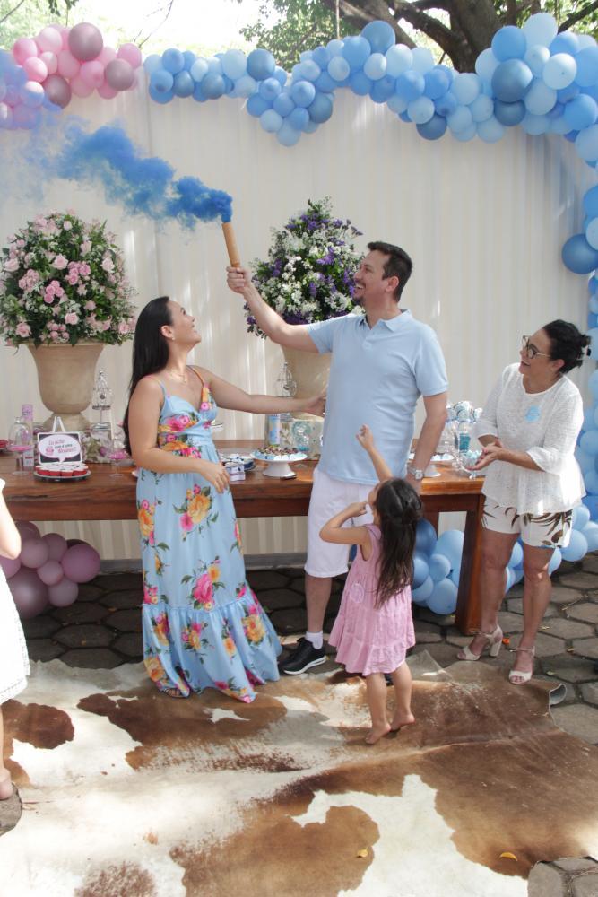 Deu azul, Sandro e Daniela Akemi Martos à espera do Francisco