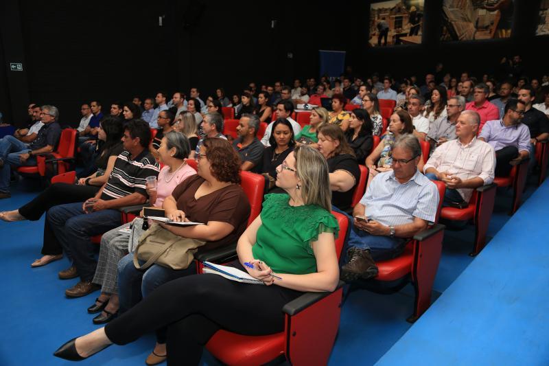 Jean Ramalho - Reunião com gestores de toda a região ocorreu no Centro Cultural Matarazzo, em Prudente