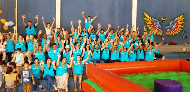 Trinta e sete colaboradores da Energisa Sul-Sudeste realizaram tarde de atividades com as crianças do Lar Santa Filomena