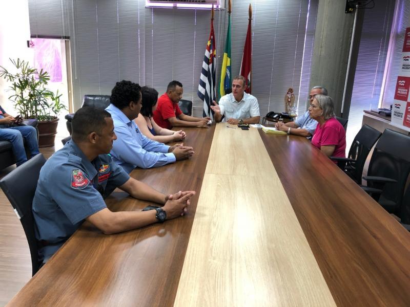 Secom - Documento foi assinado hoje, no gabinete do prefeito