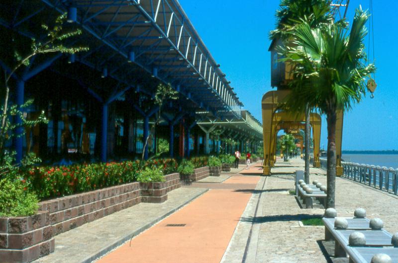 Heitor Real - Estação das Docas, complexo turístico de 32 mil m², construído nos antigos galpões do porto de Belém