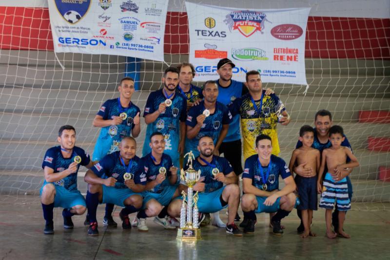 Cedida - Equipe da 1ª Igreja Batista de Indiana, campeã do 1º Torneio Missionário Batista de Futsal
