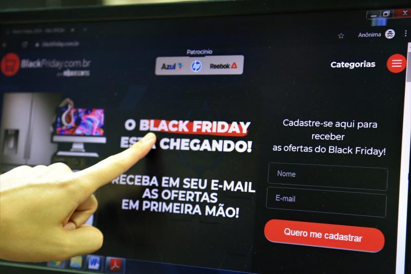 Jean Ramalho - Venda de smatphones, eletrodomésticos, televisores e itens de informática se destaca na Black Friday
