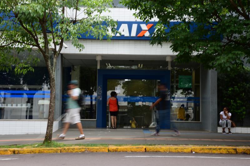 Paulo Miguel - Na Caixa Econômica Federal, os trabalhadores podem solicitar o acesso aos depósitos do FGTS