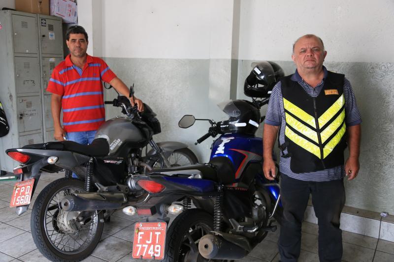 Pedro Silva - Os motociclistas Florisvaldo e Genaro não enxergam perspectiva de melhoras para a categoria