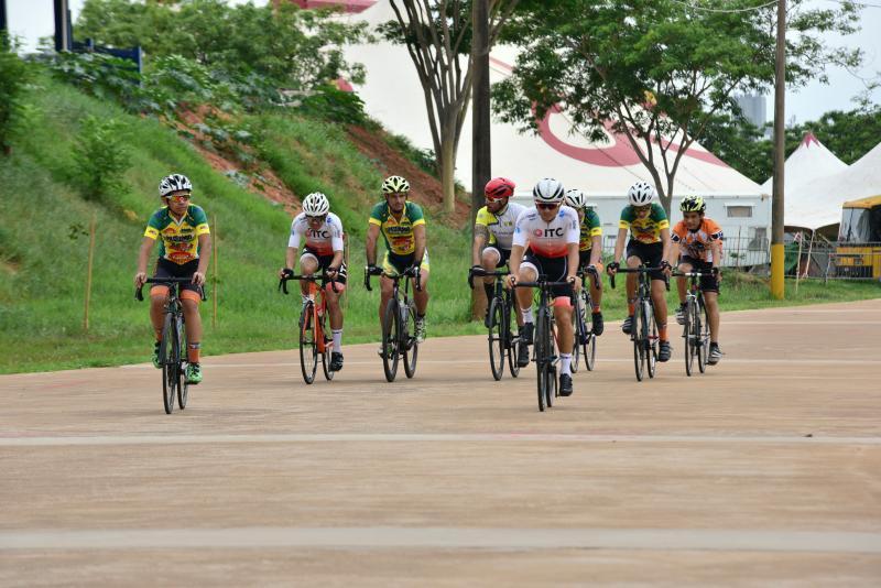 Paulo Miguel:Ciclistas realizam último treino antes da prova que farão em Arapongas