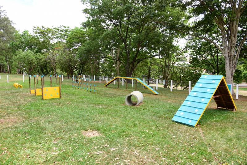 Paulo Miguel - Localizado no Parque do Povo, o espaço pet traz opções variadas para os animais se exercitarem