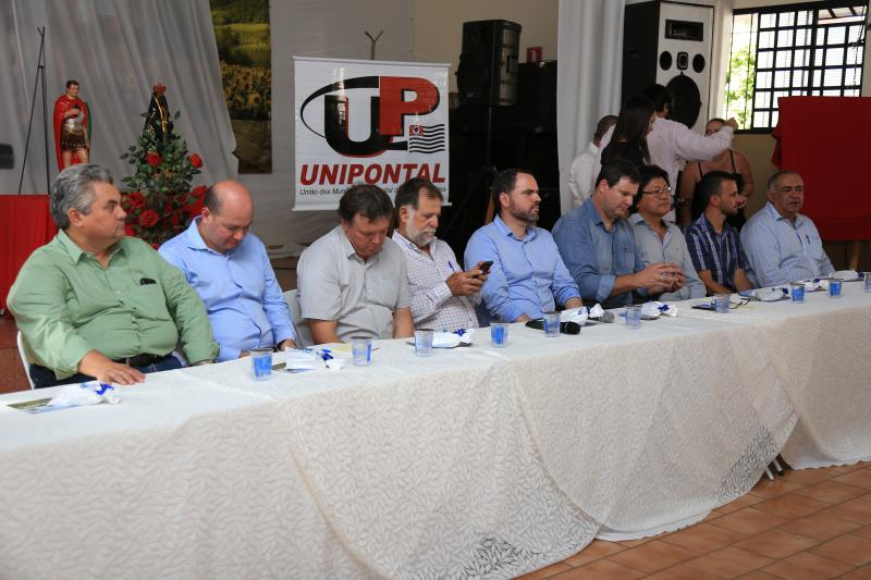 Jean Ramalho - Em evento da Unipontal, prefeitos e empresários apresentaram propostas ao fomento do turismo