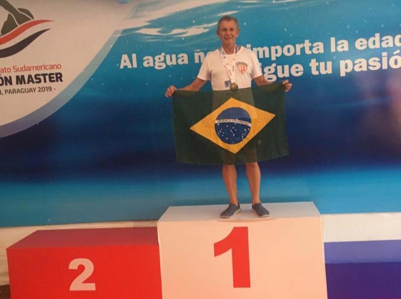 Cedida - Fran competiu na categoria 65+ e ficou em 1º lugar ontem nos 100 m borboletas