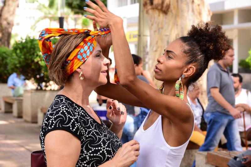 Paulo Miguel - Cultura afro se faz presente na Praça Nove de Julho durante solenidade