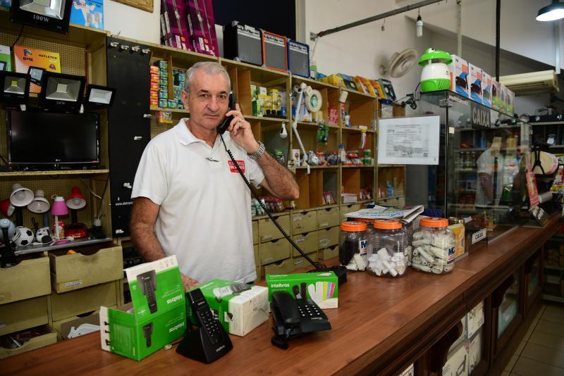 Paulo Miguel - Admilson entende que para o comércio a linha fixa ainda é importante