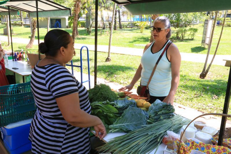 Weverson Nascimento - Feira incentiva economia solidária e promove a interação entre as pessoas