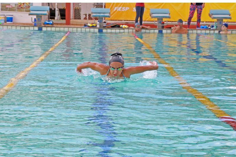 Weverson Nascimento - Prudentina vinha treinando intensamente nas piscinas do Sesi Furquim para a competição
