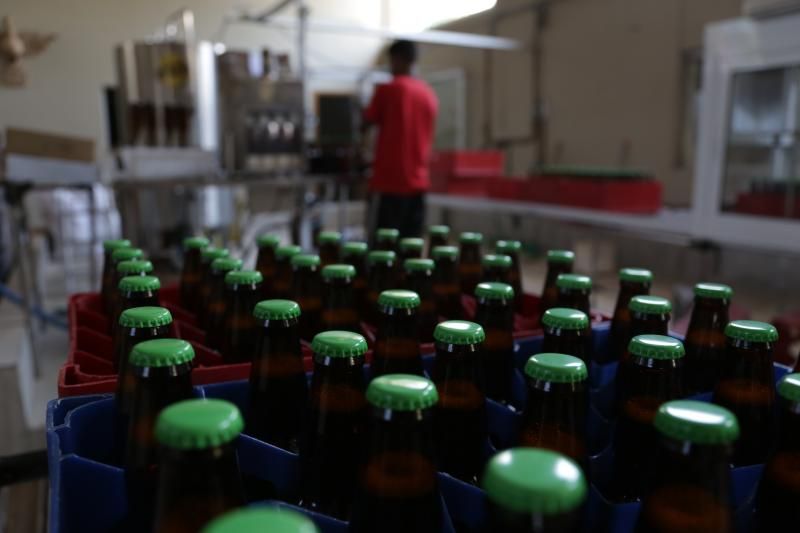 Cervejarias artesanais em Presidente Prudente ganham espaço no mercado regional