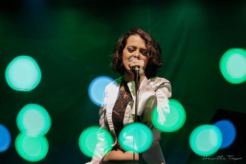 Cantora prudentina Sarah Renata se apresenta neste fim de semana no Sesc Thermas