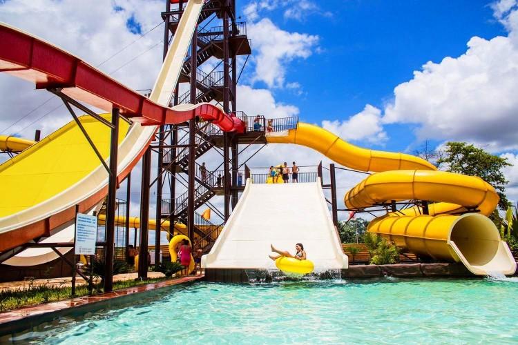Cedida - Barretos Country Thermas Park conta com parque aquático com águas quentes naturais