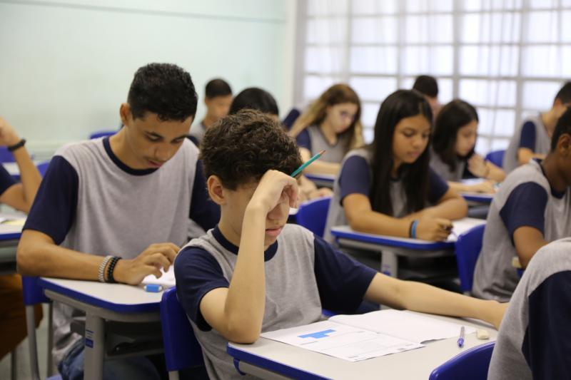 Gabriel Buosi - Aproximadamente 12,6 mil alunos da Diretoria de Ensino da Região de Prudente fazem a prova