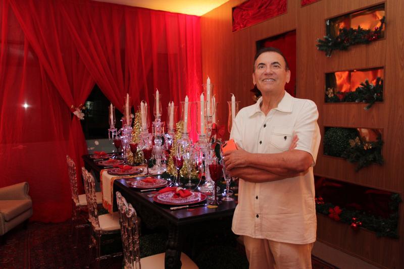 Médico Henrique Liberato Salvador estreia a Casa do Noel - Nono Salvattori que fica na Avenida Manoel Goulart