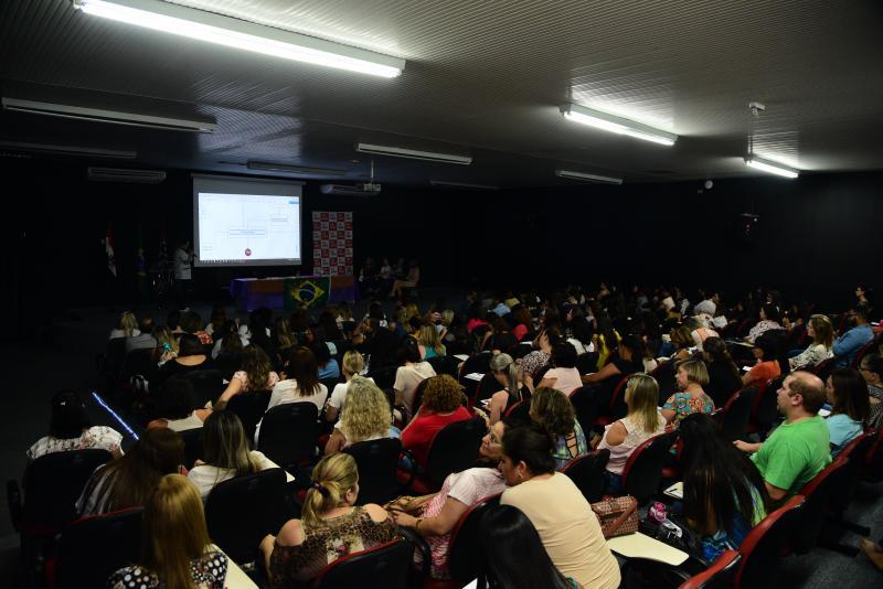 Paulo Miguel - Cerca de 200 pessoas participaram do fórum municipal ontem
