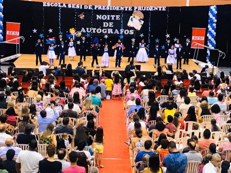 Cedida - Evento contou ainda com apresentação de danças relacionadas à leitura, escrita e imaginação