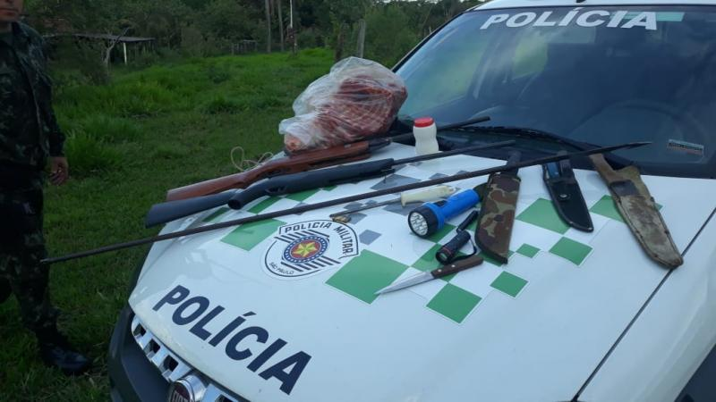 Polícia Militar Ambiental - Materiais utilizados para caça ilegal foram apreendidos por corporação