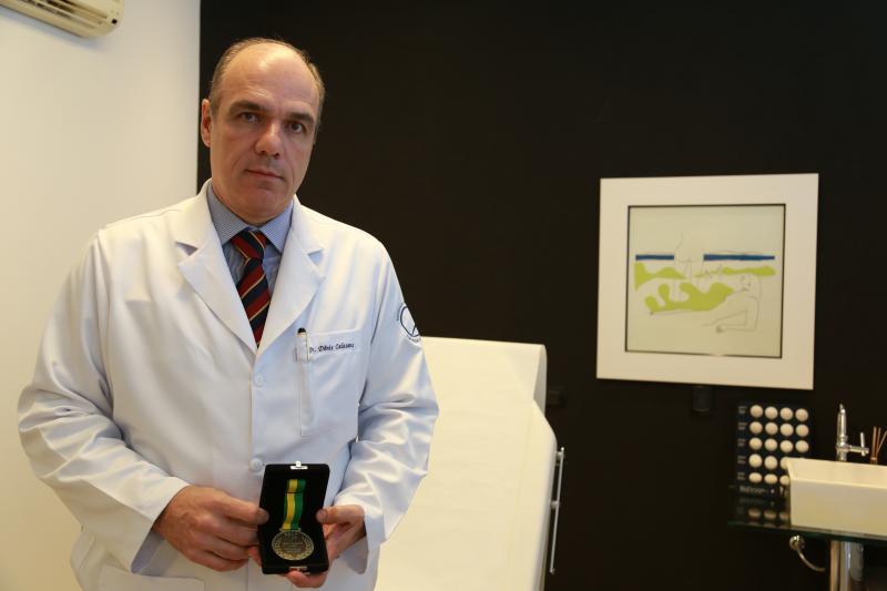 Paulo Miguel - Presidente da SBCP, Dênis Calazans também é um Imortal da Academia Brasileira de Ciências Humanas