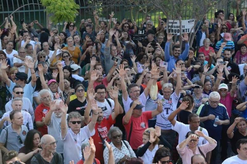 Cedida/Wilian Hugo Correa dos Santos - Assembleias ocorrem na capital junto com manifestações contrárias ao projeto