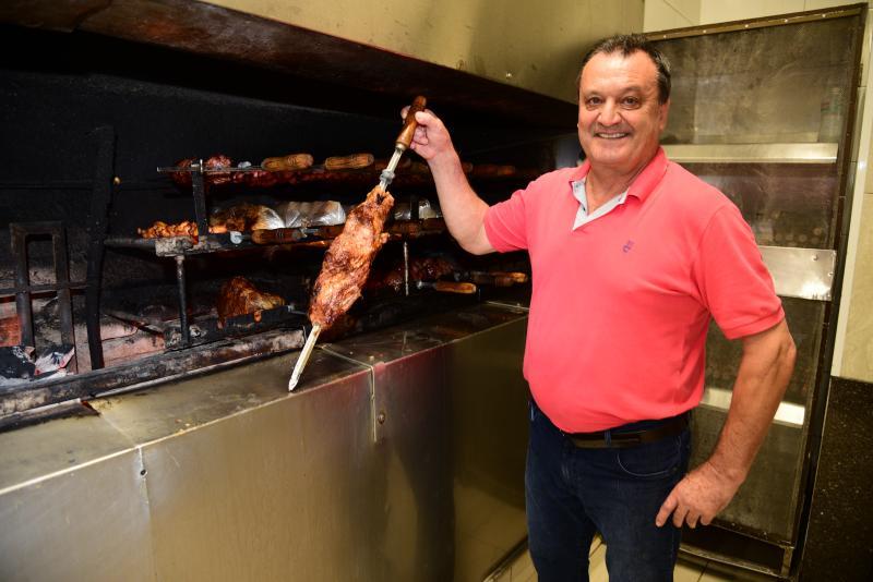 Paulo Miguel - Altair aposta no estoque para passar o fim de ano livre dos aumentos diários no preço da carne