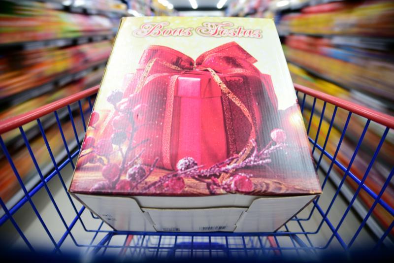 Paulo Miguel - Em supermercados e lojas especializadas é possível encontrar cestas de diversos preços