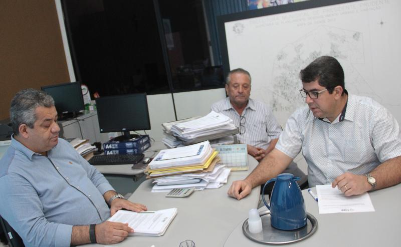 Francinara Nepomuceno/AI da UEPP - UEPP entregou à Semobofício e abaixo-assinado com 1,1 mil assinaturas