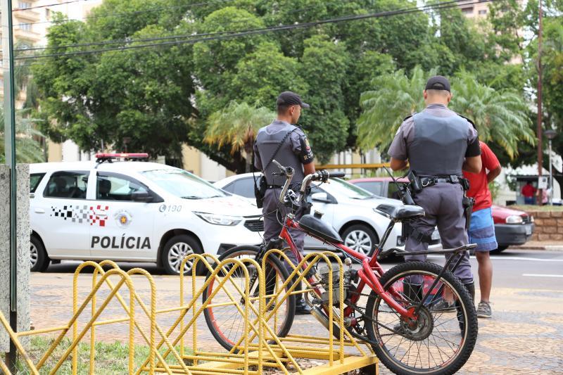 Jean Ramalho - PM intensifica segurança na área comercial do centro e adjacências