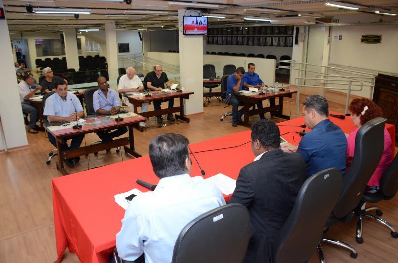 Maycon Morano/AI da Câmara - Mesa Diretora e demais vereadores responderam questões acerca do trabalho realizado neste ano