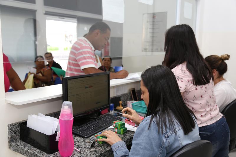 Jean Ramalho - Farmácia Central oferta medicamentos das 7h às 23h