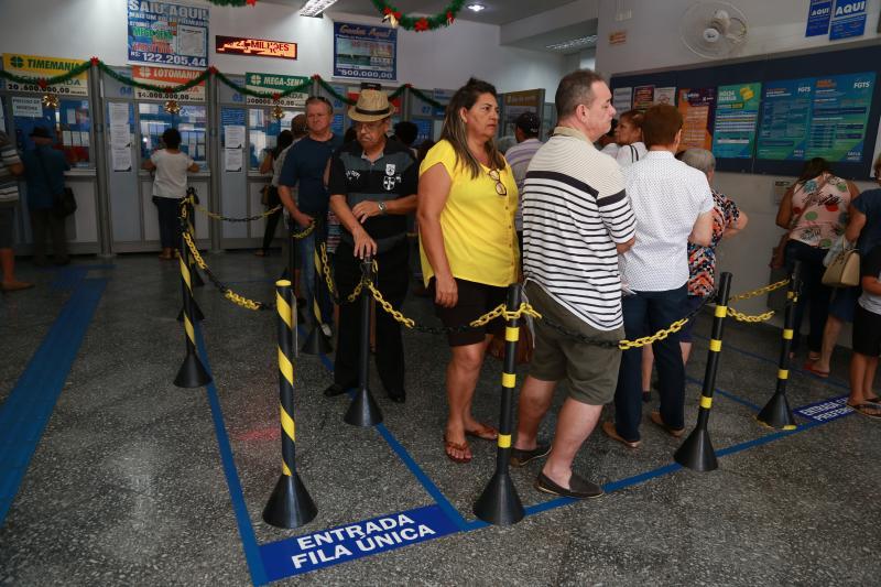 Isadora Crivelli - Manhã de ontem foi de movimento nas lotéricas em Prudente