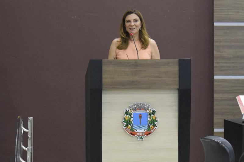 FCT/Unesp - Neide Barrocá Faccio recebeu expressivas homenagens da Câmara Municipal de Iepê, com o título de Cidadã Iepeense