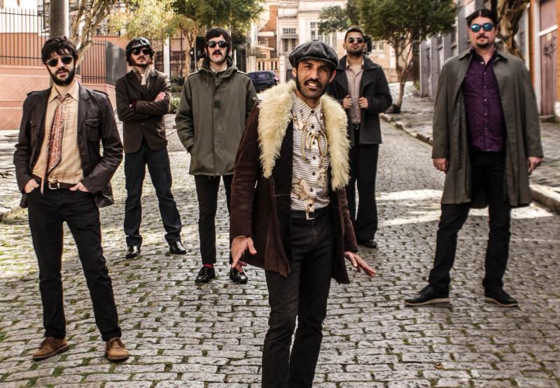 Divulgação/Mayara Yasmin - Sexteto passeia pelo soul, funk e R&B, inspirado pela antiga e nova leva de artistas do gênero