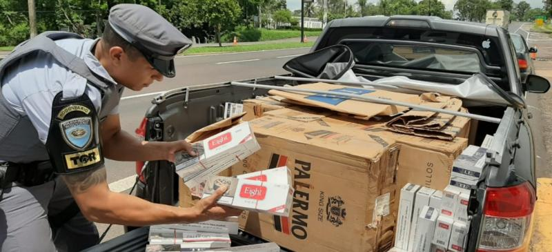 Polícia Militar Rodoviária - Carga e o motorista foram encaminhados à Delegacia da Polícia Federal