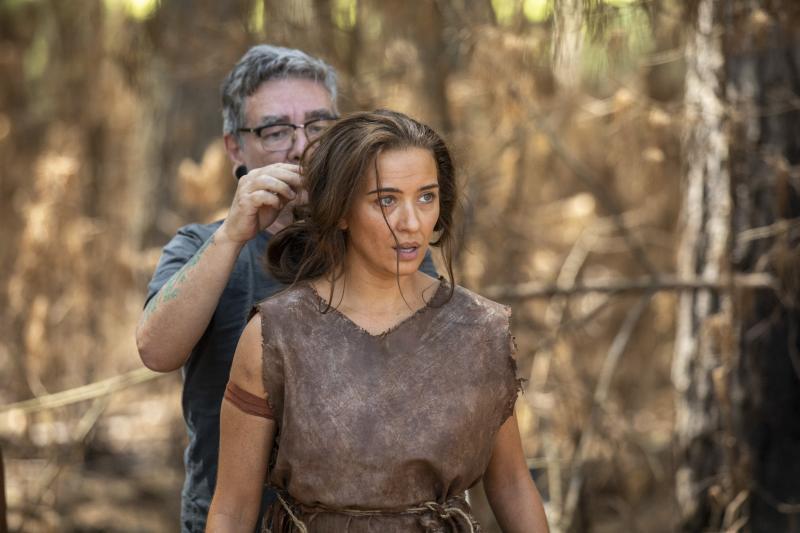 Edu Moraes/ Record TV - Juliana Boller, como Eva, se prepara para entrar em cena