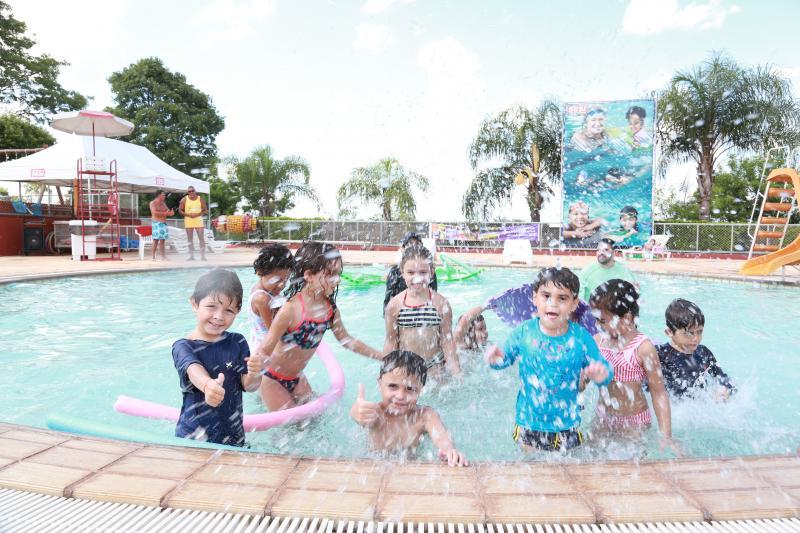 Weverson Nascimento - Atividades aquáticas recreativas fazem parte do pacote de diversão do Super Férias Sesi
