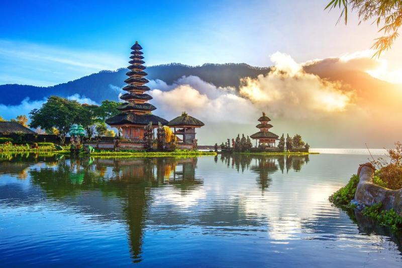 Douglas Atina - Bali, Indonésia