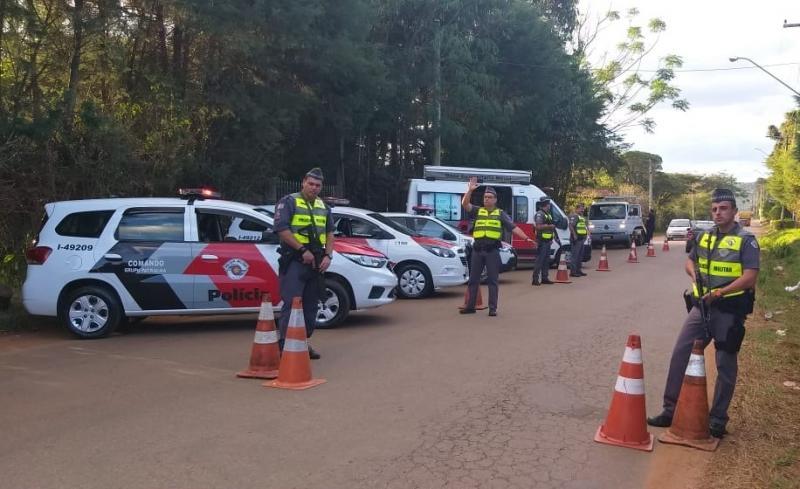 Polícia Militar: Ação se estendeu até a madrugada desta terça-feira.