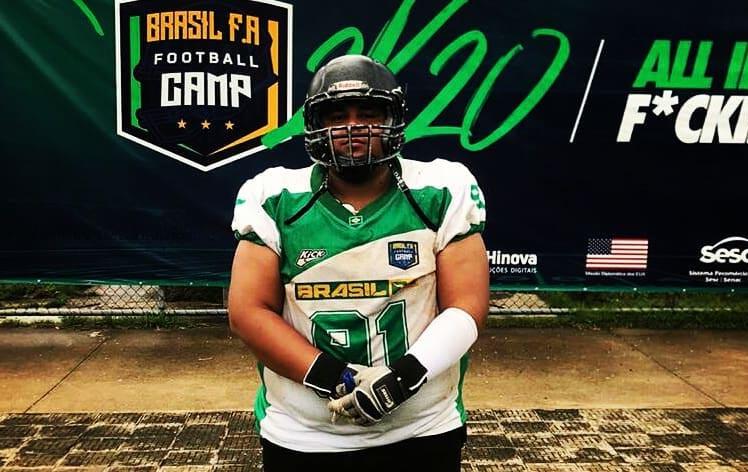 Patrícia Guedes/Cedida - Entre grandes atletas lá estava Luigui Guedes, honrando o Prudente Thunders