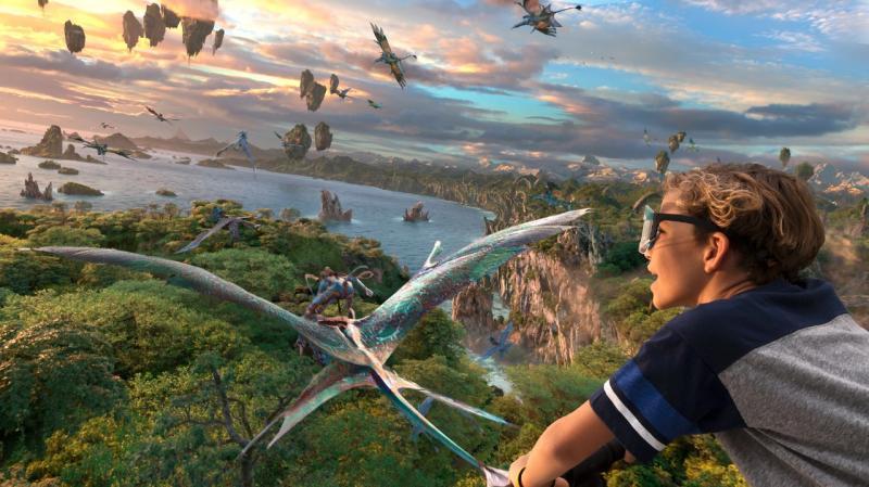 """Pandora: visitantes """"voam"""" a bordo de um banchee, no parque Animal Kingdom, que tem área dedicada ao universo do filme """"Avatar"""""""